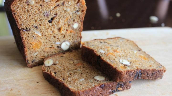 Новосибирцы стали позволять себе меньше хлеба с маслом