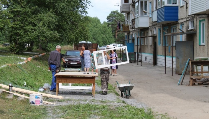 Под суд отправлен житель Каменки, грабивший дома соседей во время взрывов на военном складе
