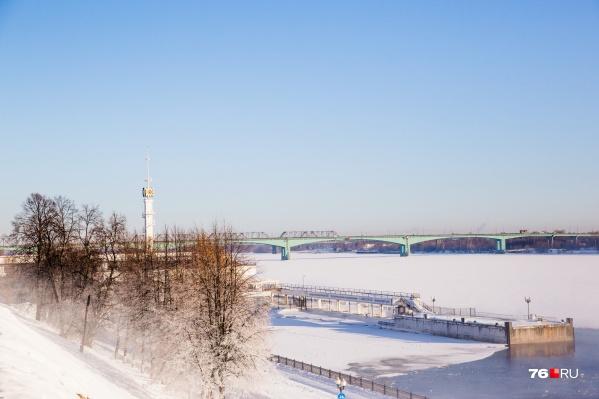 Речной трамвайчик — один из символов Ярославля