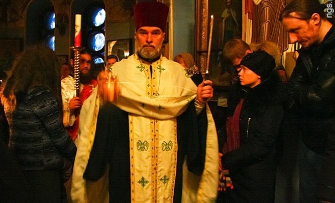 Священник, выступавший против постановки «Тангейзер», получил награду от силовиков