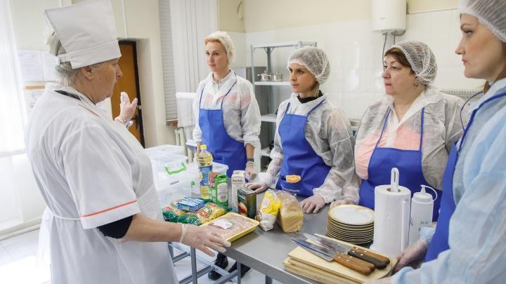 Макароны с котлетой и чай за 40 рублей: родители Волгограда приняли участие в необычном эксперименте