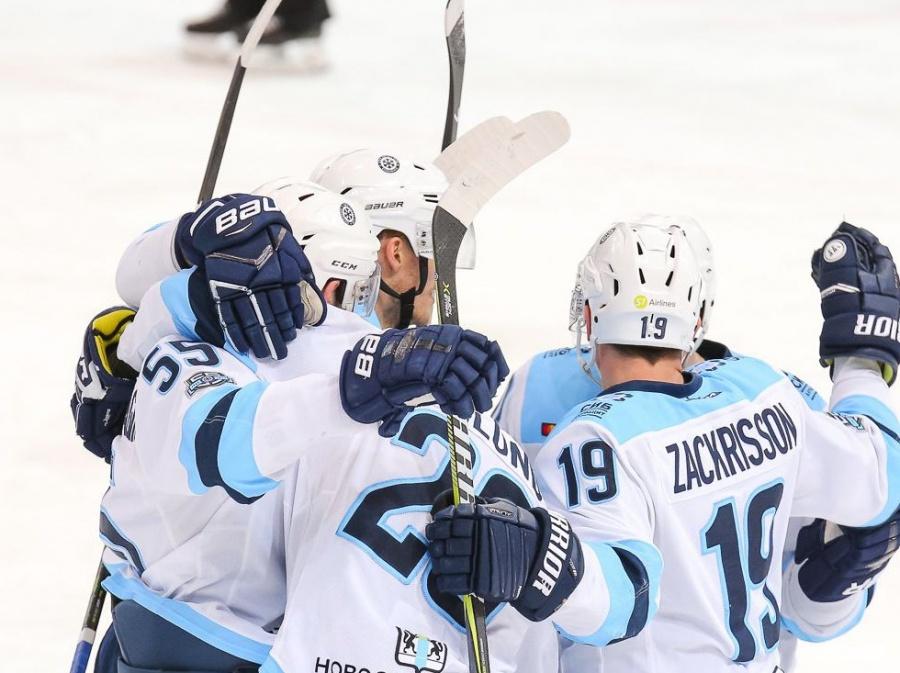 «Сибирь» обыграла «Ладу» ввыездном матче КХЛ