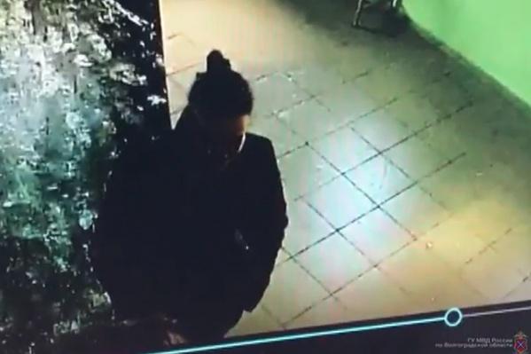 В марте женщину нашли по записи камер наблюдения