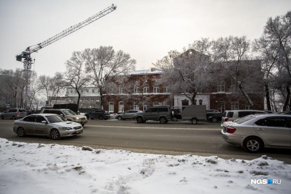 В здании на улице Фабричной, 17 работала«Алтайская промышленная фабричная компания»