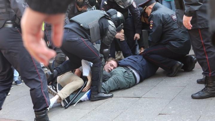 Тюменцы выйдут на пикет из-за жестких задержаний и произвола силовиков на митингах в Москве