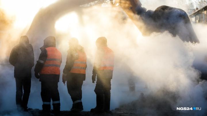 Жители Ветлужанки с вечера сидят без холодной воды из-за лопнувшего пожарного гидранта