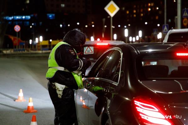 За время рейда полицейские выявили почти тысячу нарушений ПДД