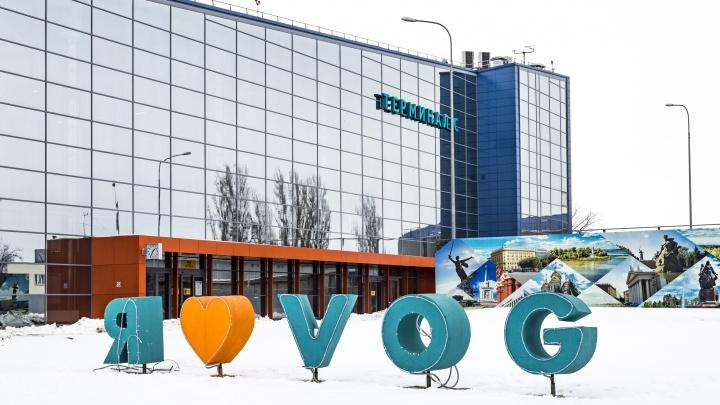 В Волгограде задерживаются 10 авиарейсов из-за снегопада