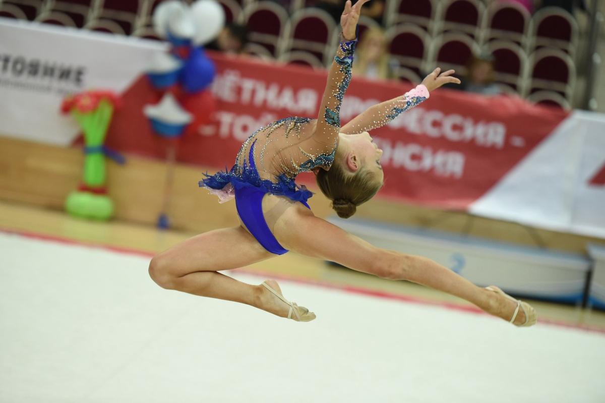 Художественной гимнастикой Варя занимается с 3 лет