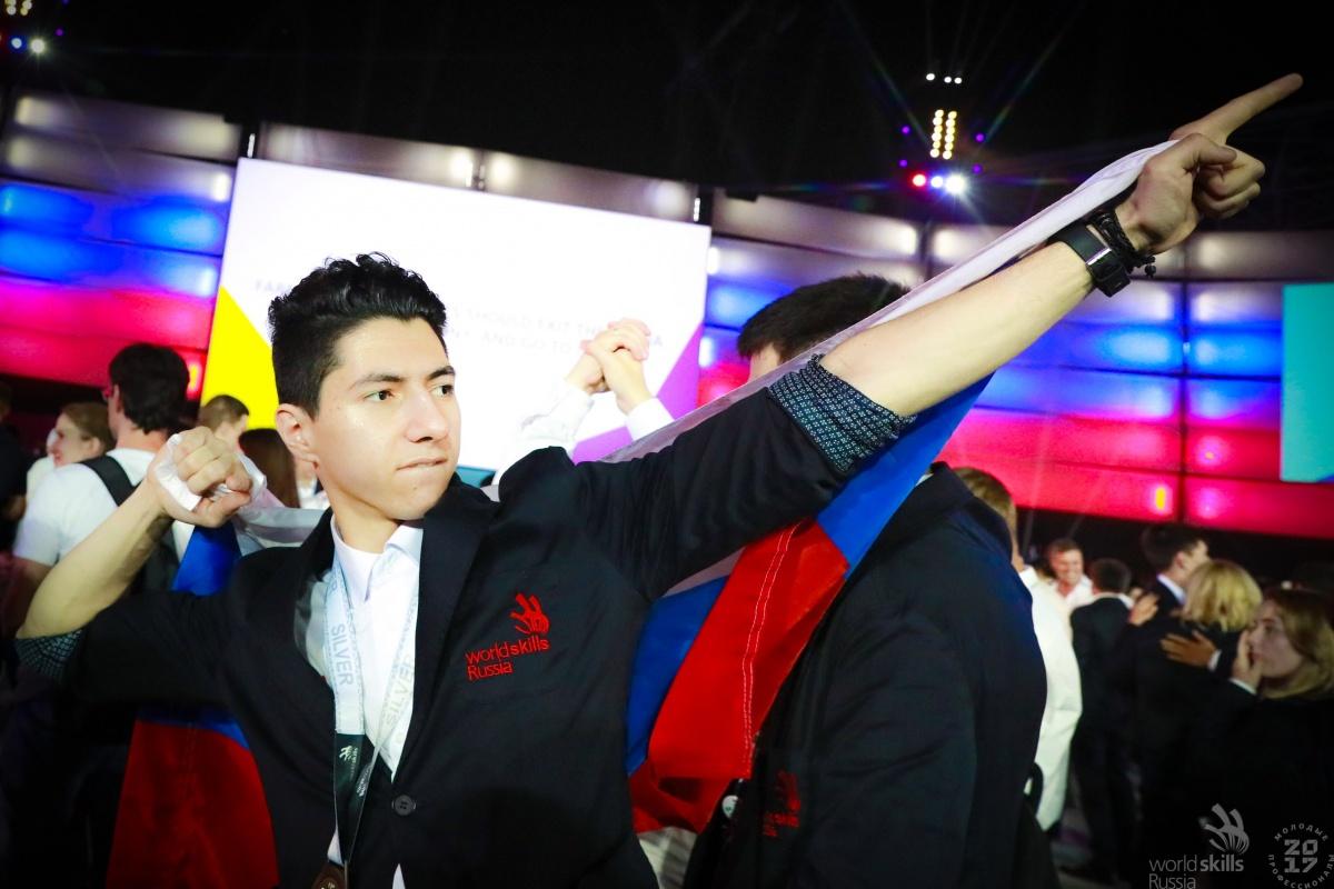 Умар Нуршинов взял серебро на чемпионате мира WorldSkills Abu Dhabi (ОАЭ) 2017
