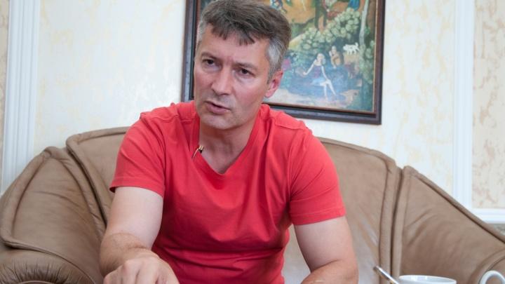 """""""Бог поругаем не бывает"""": Евгений Ройзман заявил, что готов заступиться за блогера Соколовского"""