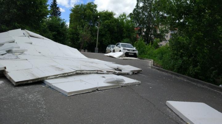 В Уфе жильцам дома, с которого обрушился фасад, придется делать ремонт за свой счет