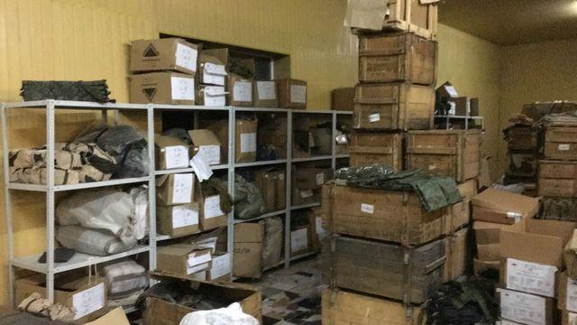 Волгоградцы почтой рассылалив Японию, США и Польшу украденные из воинских частей боекомплекты
