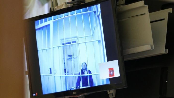 Экс-полицейский, подозреваемый в изнасиловании, попросил в СИЗО спортивный костюм от Balenciaga