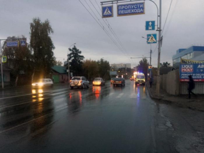 ДТП на Жуковского случилось в 6:45— Mercedes-Benz сбил женщину на пешеходном переходе