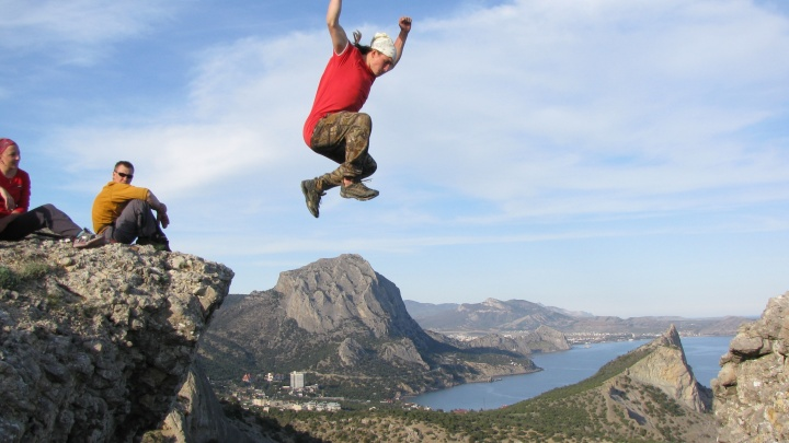 Адреналин, небоскребы и горные вершины: вся правда о жизни альпиниста