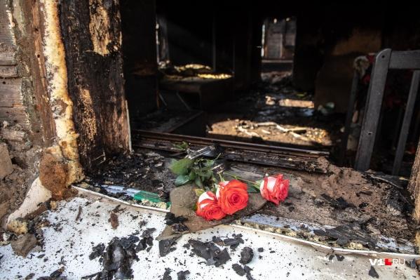 Выйти из горящего дома женщина уже не смогла