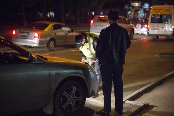 Мужчина сбил пожилую сибирячку, которая переходила дорогу
