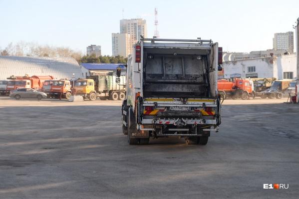 «Спецавтобаза» рассчитывает отменить снижение тарифов на вывоз мусора