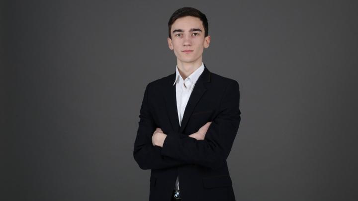 Школьник из Уфы изобрел уникальный мессенджер для глухонемых