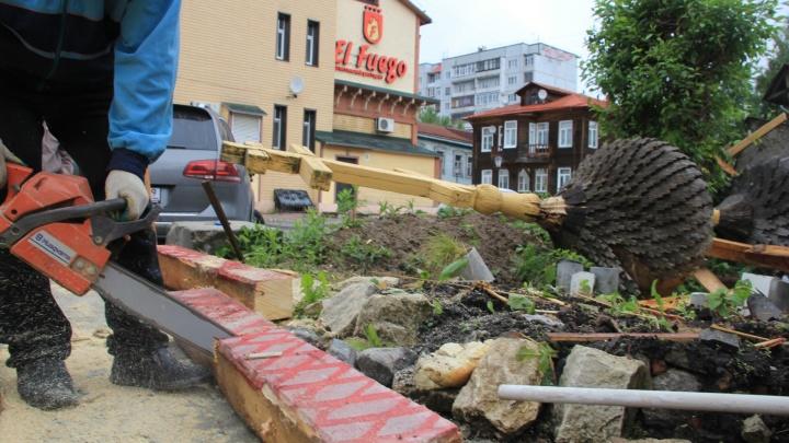 Не успели к 28 июня: подрядчика, разбирающего часовню на Чумбаровке, оштрафуют за срыв сроков
