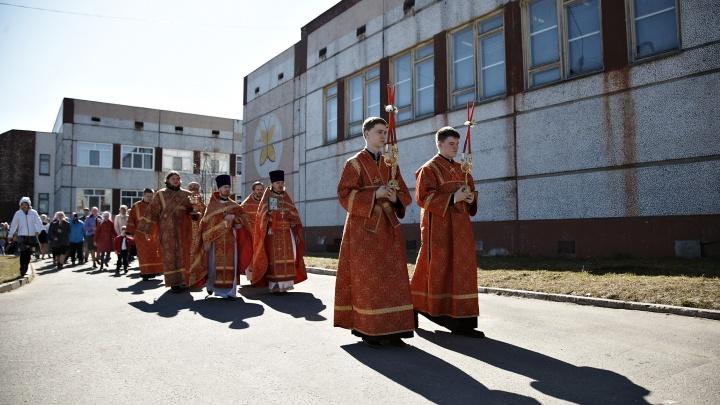 На Шиес — с Богом: жители Урдомы готовятся к крестному ходу, который не одобрили чиновники