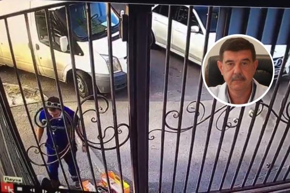 По словам Бориса Литвинова, фельдшерДенис Закурдаев работает на скорой помощи уже семь лет