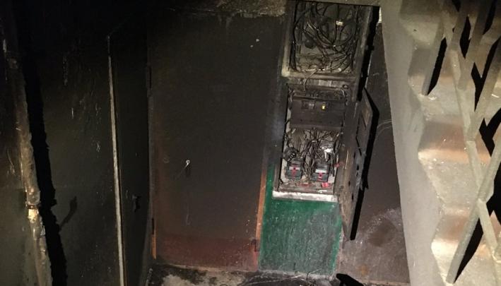 «Кругом кричали женщины и дети»: жители загоревшегося дома рассказали, как пережили страшную ночь