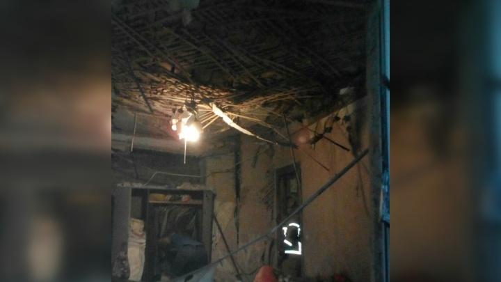 Появились фото из дома на Медицинской, где ночью прогремел взрыв
