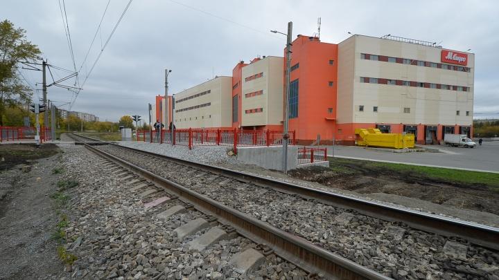 Екатеринбуржцев, которые перебегают железнодорожные пути, будет пугать голос свыше