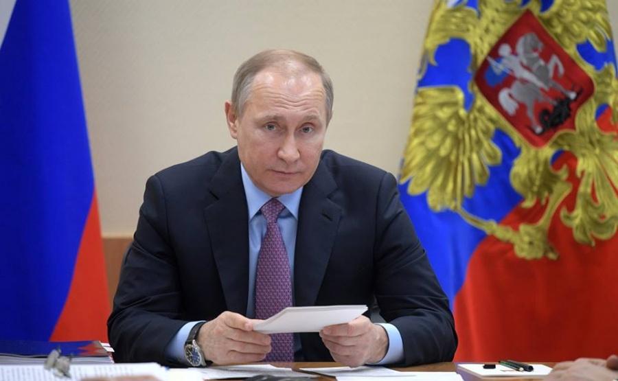 Инициативная группа выдвинула В.Путина кандидатом впрезиденты