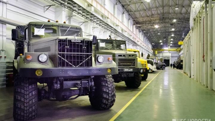 Экс-директор новосибирского завода «Оборонсервиса» пошёл под суд: в деле оказалось 90 томов