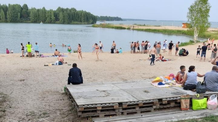 Водолазы ищут тела мужчин, утонувших в Туре и на озере Андреевском