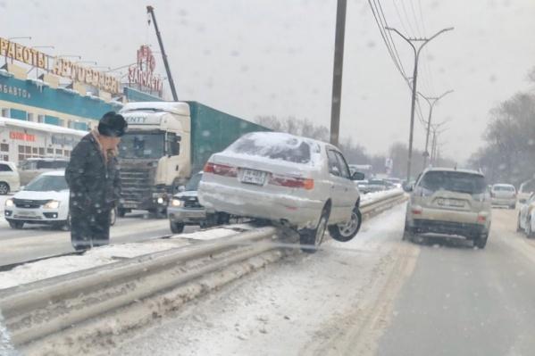 Декабрьское ДТП на Бердском шоссе — это место попало в сводку полиции как наиболее аварийное за прошедший год