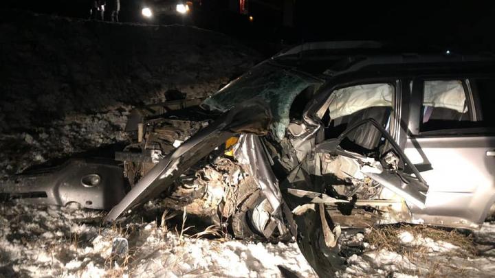В ДТП на трассе в Башкирии погибли два человека, в том числе маленький ребенок