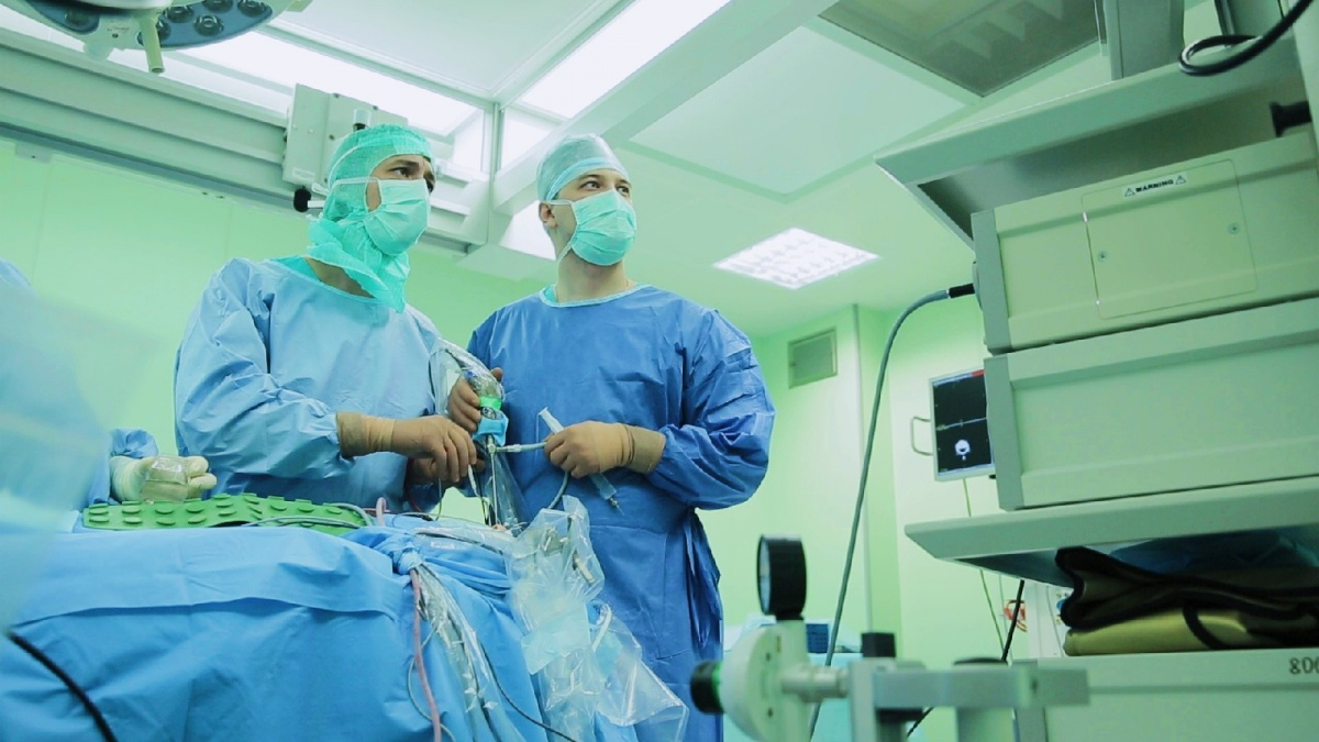 Павел Сёмин подчеркнул, что ни разу не разочаровался в хирургии