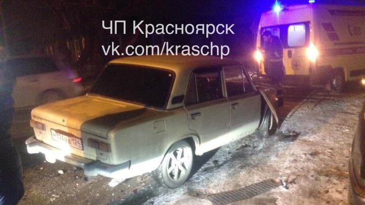 Дерзкий водитель Land Cruiser торопился по «встречке» и попал под таран ВАЗа на перекрёстке