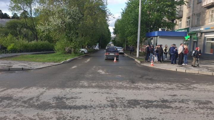 Стаж водителя всего месяц: в Компрессорном ВАЗ сбил 8-летнего мальчика