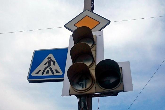 Светофоры не работают уже больше 30 минут