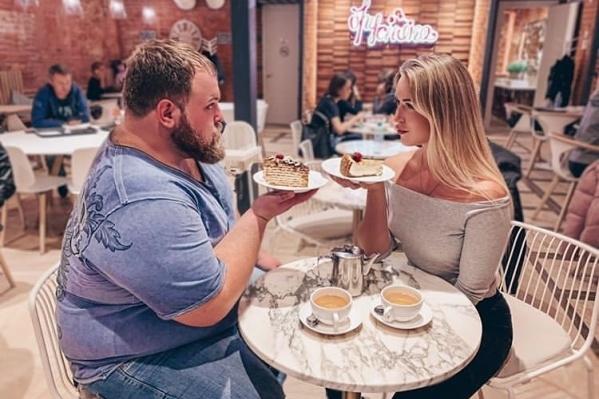 Василий Камоцкий поспорил, что сможет продержаться без сладкого