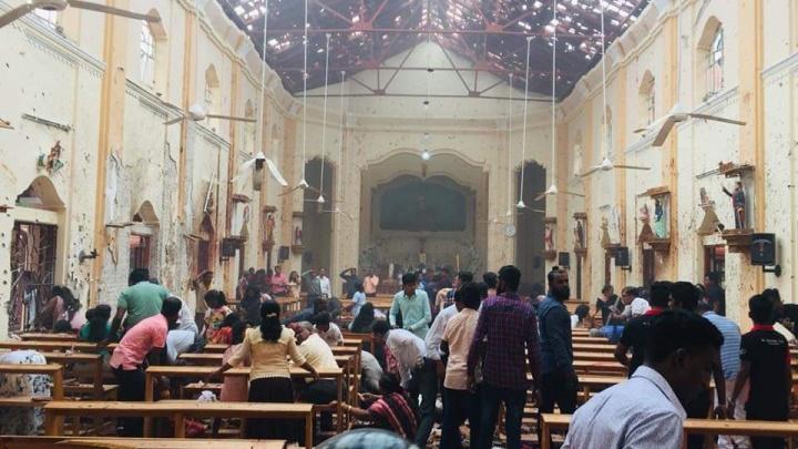 Число жертв взрывов в Шри-Ланке выросло до 160 человек