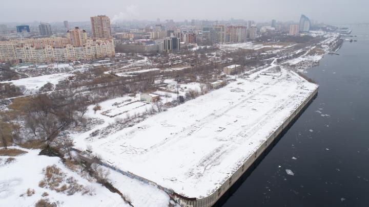 Там хотели строить высотки: в Волгограде за 323 млн рублей продают грузовой порт