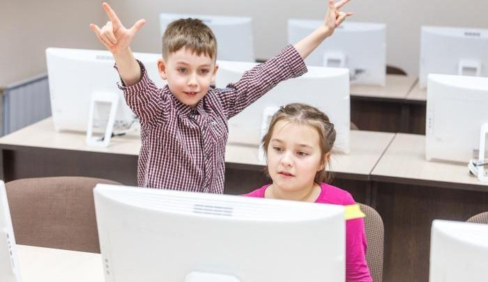 «Хочу быть как Стив Джобс»: лучшая в Евросоюзе кибершкола запустит летний лагерь в Самаре