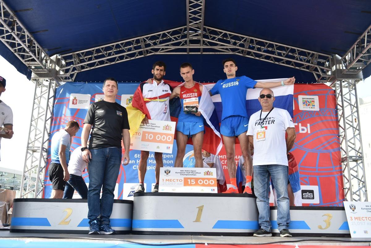 Юбилейный марафон «Европа — Азия» пробежали 8 тысяч человек