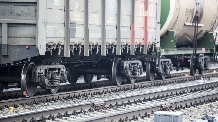 Поезд сбил сибирячку под Новосибирском