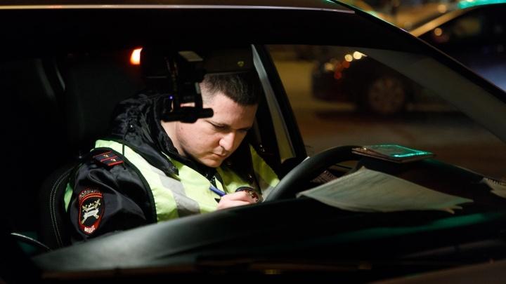 Волгоградец без прав перевернулся на «десятке», убегая от полицейских