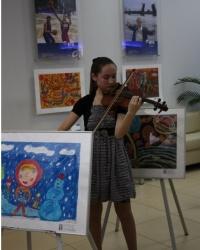 ВТБ в Башкирии проводит благотворительный аукцион детских картин