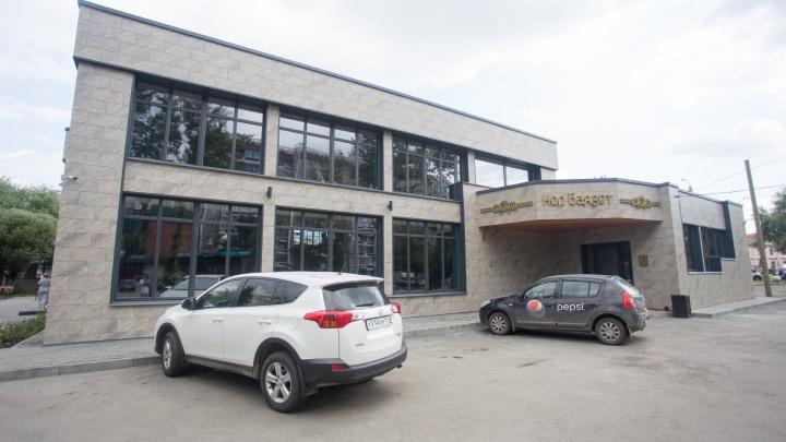 Снесённые приставами: на ЧТЗ вновь построили армянский ресторан