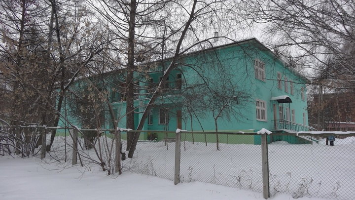 Жители Советского района собирают подписи против сноса детского садика