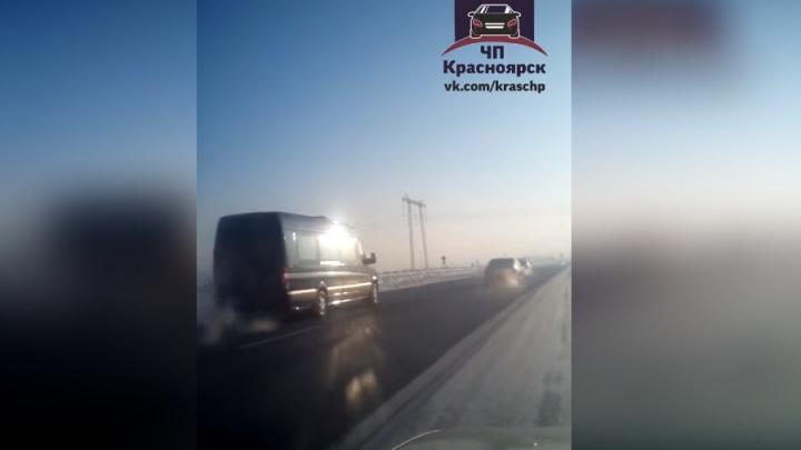 Водитель заснял кортеж полпреда президента на подъезде к Красноярску